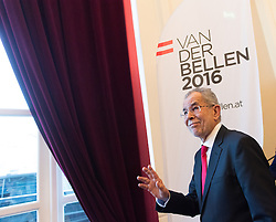 06.12.2016, Palais Schönburg, Wien, AUT, Pressestatement des neu gewählten Präsidenten von Österreich Van der Bellen nach der Wiederholung der Stichwahl der Präsidentschaftswahl 2016, im Bild designierter Bundespräsident Alexander Van der Bellen // President-Elect Alexander Van der Bellen during first press conference of the new elected federal president of austria at Palais Schoenburg in Vienna, Austria on 2016/12/06, EXPA Pictures © 2016, PhotoCredit: EXPA/ Michael Gruber