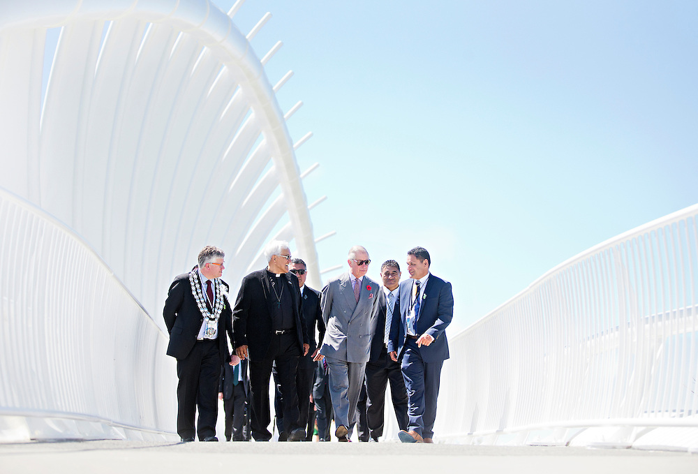 Prince Charles, Prince of Wales crossing the Te Rewa Rewa Bridge and walking the Coastal Walkway, New Plymouth, New Zealand, New Zealand, Monday, November 09, 2015. Credit:SNPA / Fairfax, Charlotte Curd  **POOL**