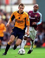 Dietmar Hamann (Liverpool) Trevor Sinclair (West Ham United). West Ham United 1:1 Liverpool, F.A. Carling Premiership, 17/9/2000. Credit: Colorsport / Stuart MacFarlane.