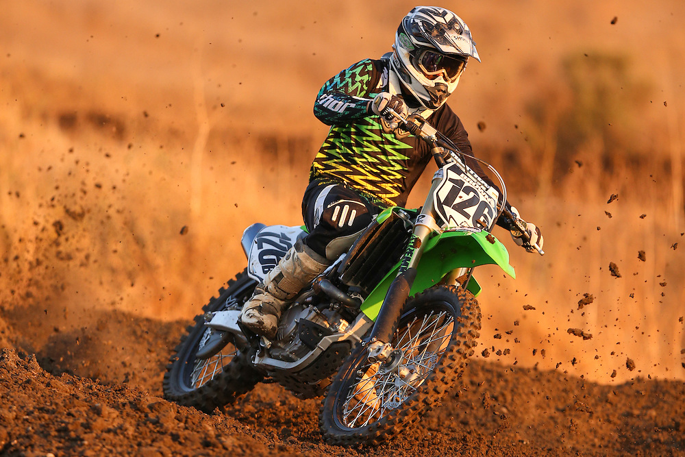 A rider takes practice laps at Club Moto in Livermore,CA. (Charles Hall/challphotos.com)