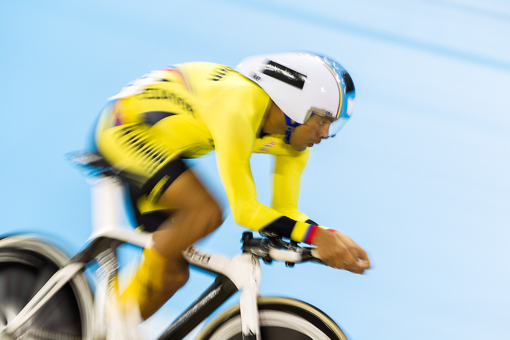 Jose Ragonessi Guzman of Ecuador competes in the men's omnium individual pursuit on the fist day of track cycling at the 2015 Pan American Games in Toronto, Canada, July 16,  2015.  AFP PHOTO/GEOFF ROBINS