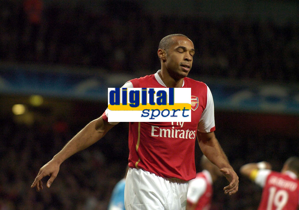 Photo: Olly Greenwood.<br />Arsenal v PSV Eindhoven. UEFA Champions League. Last 16, 2nd Leg. 07/03/2007. Arsenal's Thierry Henry looks dejected as PSV score