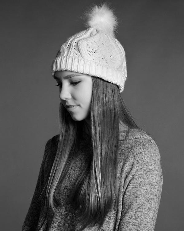 Headshot for teen actress model