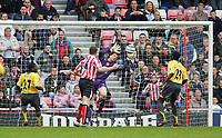 Photo: Andrew Unwin.<br /> Sunderland v Arsenal. The Barclays Premiership. 01/05/2006.<br /> Sunderland's Kevin Kyle (#16) is denied by Arsenal's goalkeeper, Jens Lehmann.
