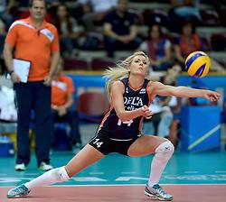 01-10-2014 ITA: World Championship Volleyball Servie - Nederland, Verona<br /> Nederland verliest met 3-0 van Servie em is uitgeschakeld voor de final 6 / Laura Dijkema