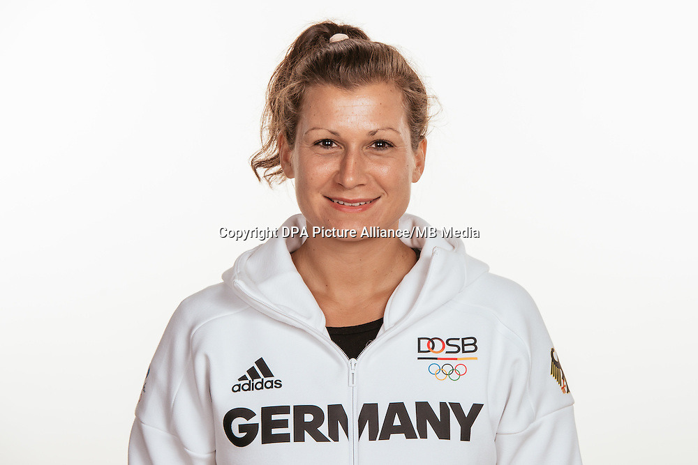 Julia Müller poses at a photocall during the preparations for the Olympic Games in Rio at the Emmich Cambrai Barracks in Hanover, Germany, taken on 15/07/16 | usage worldwide