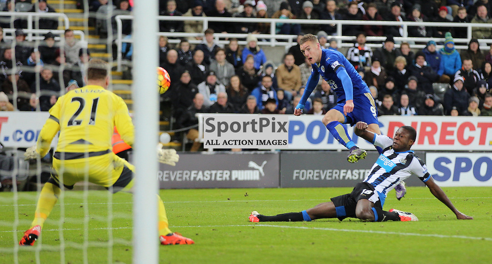 Newcastle United v Leicester City English Premiership 21 November 2015; Jamie Vardy (Leicester City, 9)goes close again during the Newcastle v Leicester City English Premiership match played at St. James' Park, Newcastle; <br /> <br /> &copy; Chris McCluskie | SportPix.org.uk