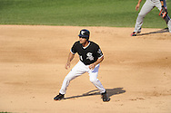 CHICAGO - JULY 09:  Omar Vizquel #11 of the Chicago White Sox runs the bases against the Minnesota Twins on July 9, 2011 at U.S. Cellular Field in Chicago, Illinois.  The White Sox defeated the Twins 4-3.  (Photo by Ron Vesely)  Subject: Omar Vizquel
