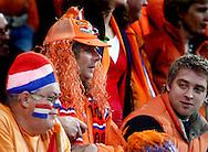 17-10-2007: Voetbal: Nederland-Slovenie: Eindhoven<br /> Een oranje supporter<br /> Foto: Geert van Erven