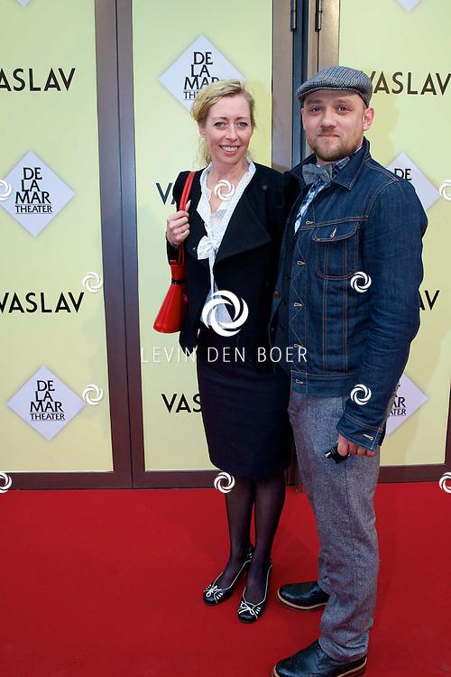 AMSTERDAM - Het toneelstuk Vaslav is in premiere gegaan in theater DeLaMar.  Plien van Bennekom met Jeroen Wassmer op de rode loper. FOTO LEVIN DEN BOER - PERSFOTO.NU