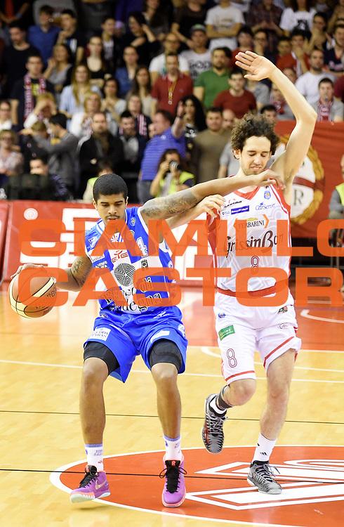 DESCRIZIONE : Reggio Emilia Campionato Lega A 2014-15 Grissin Bon Reggio Emilia Dinamo Banco di Sardegna Sassari<br /> GIOCATORE : Edgar Sosa <br /> CATEGORIA : Palleggio Controcampo Fallo<br /> SQUADRA : Dinamo Banco di Sardegna Sassari<br /> EVENTO : Campionato Lega A 2014-15<br /> GARA : Grissin Bon Reggio Emilia Dinamo Banco di Sardegna Sassari<br /> DATA : 12/04/2015<br /> SPORT : Pallacanestro <br /> AUTORE : Agenzia Ciamillo-Castoria/A.Giberti<br /> Galleria : Campionato Lega A 2014-15  <br /> Fotonotizia : Reggio Emilia Campionato Lega A 2014-15 Grissin Bon Reggio Emilia Dinamo Banco di Sardegna Sassari<br /> Predefinita :