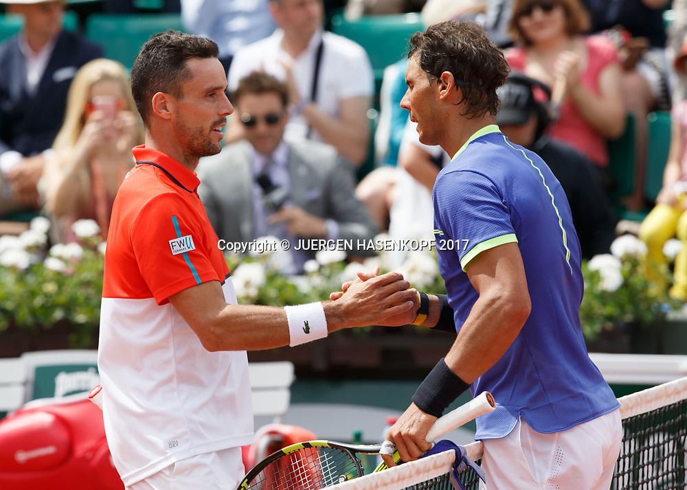 ROBERT BAUTSTA AGUT gratuliert dem Sieger RAFAEL NADAL (ESP) am Netz<br /> <br /> <br /> Tennis - French Open 2017 - Grand Slam / ATP / WTA / ITF -  Roland Garros - Paris -  - France  - 4 June 2017.