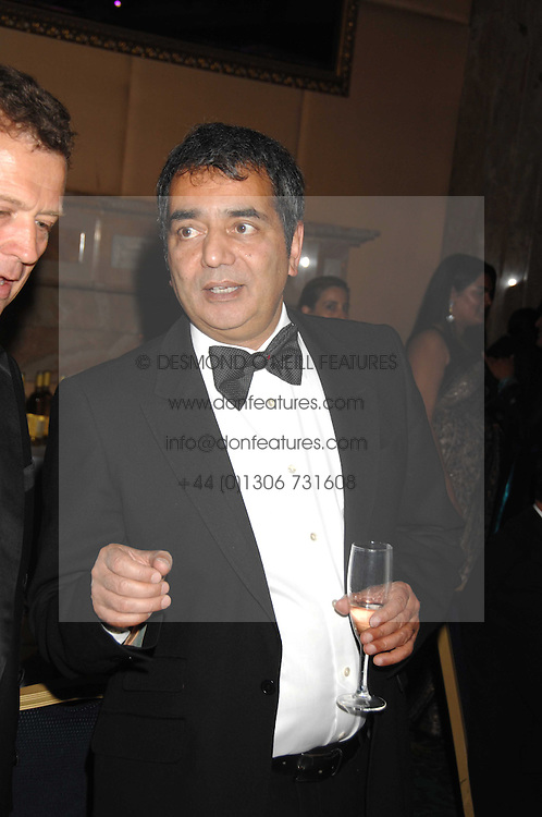 TOM SINGH founder of the New look stores at the Eastern Eye Asian Business Awards 2007 in the presence of HRH The Duke of York at the Hilton Park Lane, London on 8th May 2007.<br />
