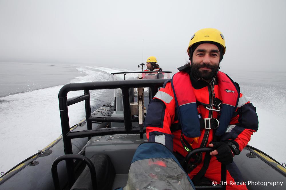 LABRADOR SEA 16JUN11 - Photographer Jiri Rezac of the Czech Republic during boat training from aboard the Greenpeace ship Esperanza in the Davis Stait off the coast of Greenland.....Photo by Brandan Edgens / Greenpeace