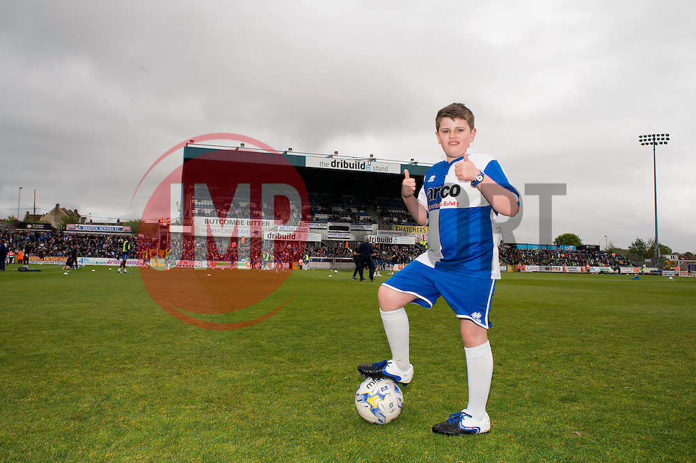 - Photo mandatory by-line: Alex James/JMP - Mobile: 07966 386802 - 03/05/2015 - SPORT - Football - Bristol - Memorial Stadium - Bristol Rovers v Forest Green Rovers - Vanarama Football Conference