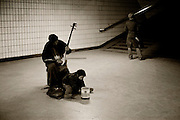 Arhu player in Beijing subway.