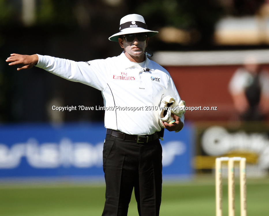 Umpire Asad Rauf asks a photographer to move away from the sightscreen.<br /> 1st cricket test match - New Zealand Black Caps v Australia, day two at the Basin Reserve, Wellington.Saturday, 20 March 2010. Photo: Dave Lintott/PHOTOSPORT