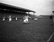 14/2/1953<br />