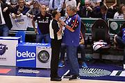 DESCRIZIONE : Sassari Lega A 2014-2015 Banco di Sardegna Sassari Grissinbon Reggio Emilia Finale Playoff Gara 6 <br /> GIOCATORE : Tolga Sahin arbitro Romeo Sacchetti<br /> CATEGORIA : delusione FairPlay arbitro<br /> SQUADRA : Banco di Sardegna Sassari arbitro<br /> EVENTO : Campionato Lega A 2014-2015<br /> GARA : Banco di Sardegna Sassari Grissinbon Reggio Emilia Finale Playoff Gara 6 <br /> DATA : 24/06/2015<br /> SPORT : Pallacanestro<br /> AUTORE : Agenzia Ciamillo-Castoria/GiulioCiamillo<br /> GALLERIA : Lega Basket A 2014-2015<br /> FOTONOTIZIA : Sassari Lega A 2014-2015 Banco di Sardegna Sassari Grissinbon Reggio Emilia Finale Playoff Gara 6<br /> PREDEFINITA :