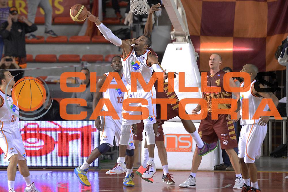 DESCRIZIONE : Campionato 2013/14 Acea Virtus Roma - Umana Reyer Venezia<br /> GIOCATORE : Quinton Hosley<br /> CATEGORIA : Rimbalzo Controcampo<br /> SQUADRA : Acea Virtus Roma<br /> EVENTO : LegaBasket Serie A Beko 2013/2014<br /> GARA : Acea Virtus Roma - Umana Reyer Venezia<br /> DATA : 05/01/2014<br /> SPORT : Pallacanestro <br /> AUTORE : Agenzia Ciamillo-Castoria / GiulioCiamillo<br /> Galleria : LegaBasket Serie A Beko 2013/2014<br /> Fotonotizia : Campionato 2013/14 Acea Virtus Roma - Umana Reyer Venezia<br /> Predefinita :