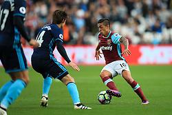 Manuel Lanzini of West Ham United in action - Mandatory by-line: Jason Brown/JMP - 01/10/2016 - FOOTBALL - London Stadium - London, England - West Ham United v Middlesbrough - Premier League