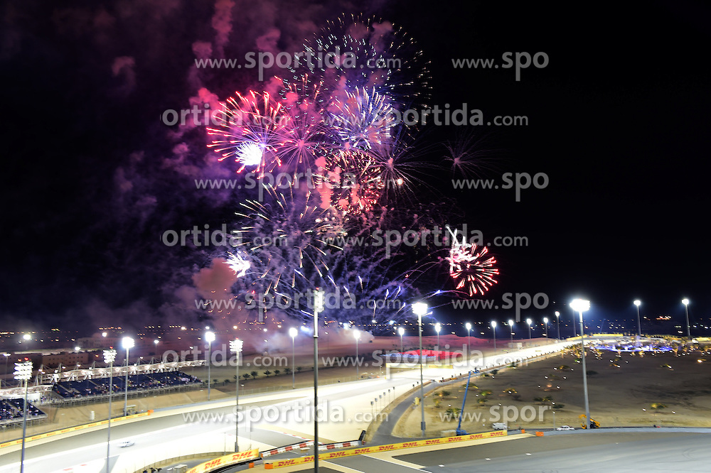 03.04.2016, International Circuit, Sakhir, BHR, FIA, Formel 1, Grand Prix von Bahrain, Rennen, im Bild Fireworks // during Race for the FIA Formula One Grand Prix of Bahrain at the International Circuit in Sakhir, Bahrain on 2016/04/03. EXPA Pictures &copy; 2016, PhotoCredit: EXPA/ Sutton Images<br /> <br /> *****ATTENTION - for AUT, SLO, CRO, SRB, BIH, MAZ only*****