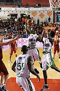 DESCRIZIONE : Roma Lega A 2011-12 Acea Virtus Roma Sidigas Avellino<br /> GIOCATORE : Marques Green<br /> CATEGORIA : rimbalzo<br /> SQUADRA : Sidigas Avellino<br /> EVENTO : Campionato Lega A 2011-2012<br /> GARA : Acea Virtus Roma Sidigas Avellino<br /> DATA : 18/12/2011<br /> SPORT : Pallacanestro<br /> AUTORE : Agenzia Ciamillo-Castoria/GiulioCiamillo<br /> Galleria : Lega Basket A 2011-2012<br /> Fotonotizia : Roma Lega A 2011-12 Acea Virtus Roma Sidigas Avellino<br /> Predefinita :