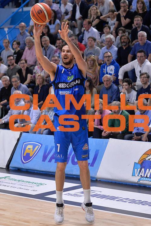 Luca Vitali<br /> Vanoli Cremona - Germani Basket Brescia Leonessa<br /> Lega Basket Serie A 2016/2017<br /> Cremona, 09/04/2017<br /> Foto M.Ceretti / Ciamillo - Castoria