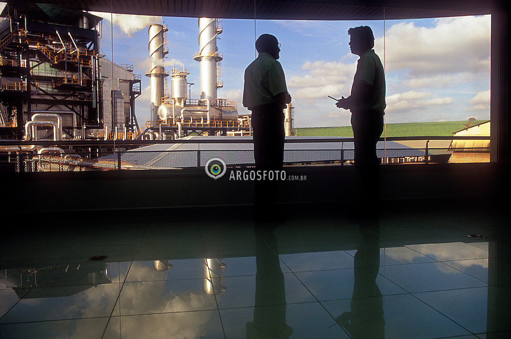 Ribeirao Preto, SP, Brasil    Marco/2004.Usina acucareira./ Sugar Industry..Foto Claudio Rossi/Argosfoto