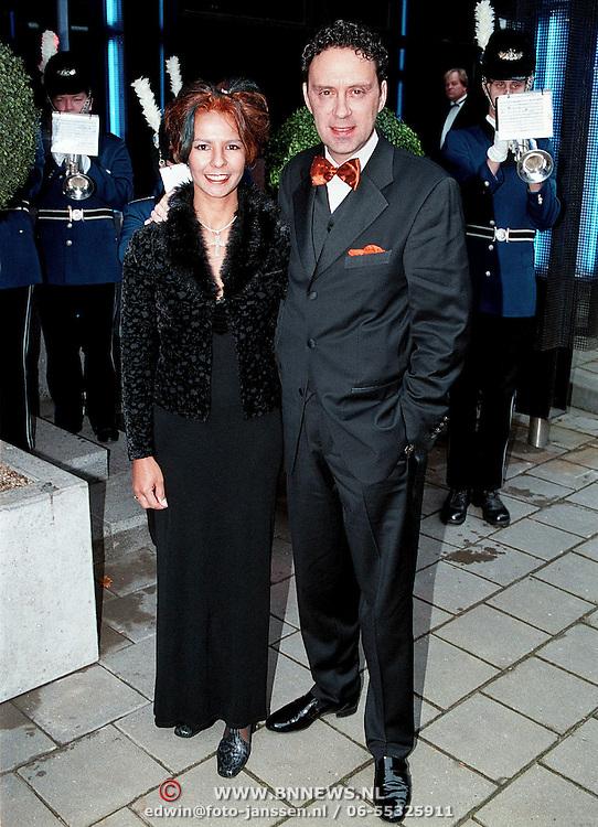 Premiere Dinnershow 2000, Peter Douglas en vrouw Monique