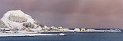 High resolution panoramic picture of Runde harbour, Norway | Runde havn i vinterstemning. Dette bildet er sett sammen av flere eksponeringer til et høyoppløslig panorama, og passer derfor godt til store utskrifter.