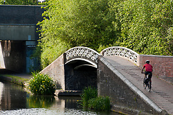 © Licensed to London News Pictures. 31/05/2019. Birmingham, West Midlands, UK. Cyclists enjoy a warm evening by the canal in Birmingham, West Midlands, UK. Photo credit: Graham M. Lawrence/LNP