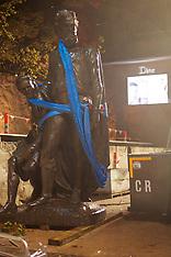 170410 Burke & Will Statue relocation