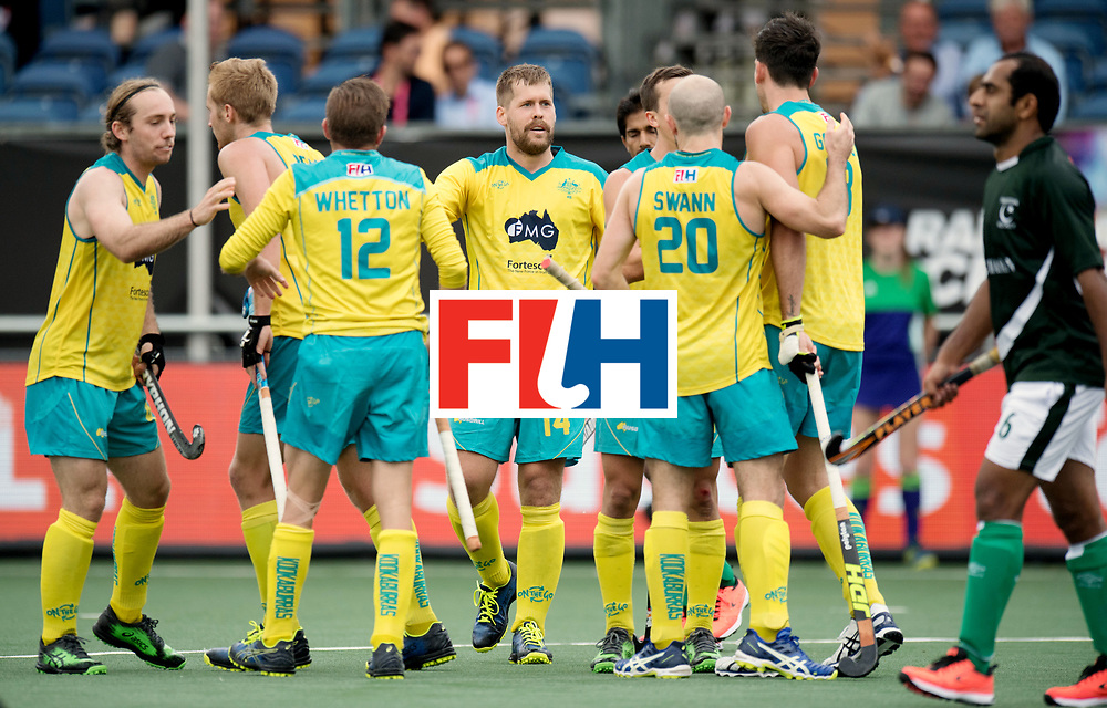 BREDA - Rabobank Hockey Champions Trophy<br /> Australia - Pakistan<br /> Photo: Australia celebrates the winning goal.<br /> COPYRIGHT WORLDSPORTPICS FRANK UIJLENBROEK