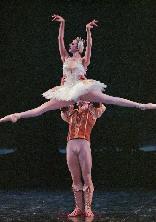 Sacramento Ballet production of &quot;Swan Lake.&quot;<br /> Choreography by Ivanov, Petipa, Ron Cunningham.