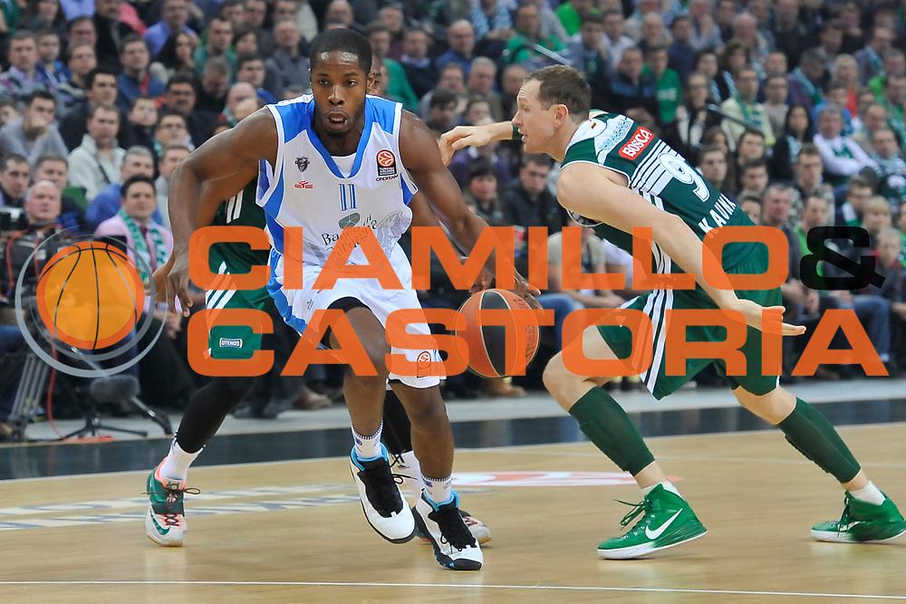 DESCRIZIONE : Eurolega Euroleague 2014/15 Gir.A Zalgiris Kaunas - Dinamo Banco di Sardegna Sassari<br /> GIOCATORE : Jerome Dyson<br /> CATEGORIA : Palleggio Penetrazione<br /> SQUADRA : Dinamo Banco di Sardegna Sassari<br /> EVENTO : Eurolega Euroleague 2014/2015<br /> GARA : Zalgiris Kaunas - Dinamo Banco di Sardegna Sassari<br /> DATA : 19/12/2014<br /> SPORT : Pallacanestro <br /> AUTORE : Agenzia Ciamillo-Castoria / Luigi Canu<br /> Galleria : Eurolega Euroleague 2014/2015<br /> Fotonotizia : Eurolega Euroleague 2014/15 Gir.A Zalgiris Kaunas - Dinamo Banco di Sardegna Sassari<br /> Predefinita :