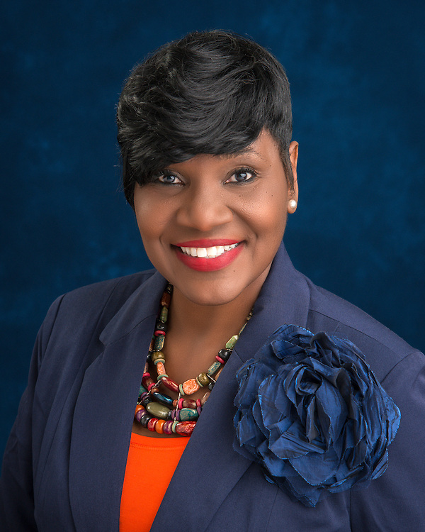 Houston ISD trustee Wanda Adams poses for a photograph, January 14, 2016.