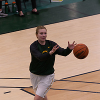 2nd year forward Alexi Rowden (15) of the Regina Cougars in action during the Women's Basketball Preseason game on October 14 at Centre for Kinesiology, Health and Sport. Credit: Arthur Ward/Arthur Images