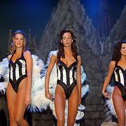 Verkiezing Miss Nederland 2003, Nathalie Hassink, Sanne de Regt, Margriet de Vos en Yvonne Beekelaar