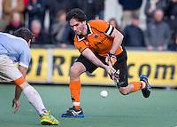 EINDHOVEN - hockey - Robert van der Horst tijdens de hoofdklasse hockeywedstrijd tussen de mannen van Oranje-Zwart en Bloemendaal (3-3). COPYRIGHT KOEN SUYK