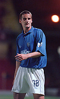 Chris Hope (Gillingham). Watford v Gillingham, League Division 1, 17/10/2000. Credit Colorsport / Matthew Impey