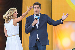 17.08.2013, New York, USA, ABC Show, Good Morning Amerika, im Bild Lara Spencer and Josh Elliot // during the ABC Show Good Morning Amerika in New York, Unites States of Amerika on 2013/08/17. EXPA Pictures © 2013, PhotoCredit: EXPA/ Newspix/ MediaPunch Inc<br /> <br /> ***** ATTENTION - for AUT, SLO, CRO, SRB, BIH, TUR, SUI and SWE only *****