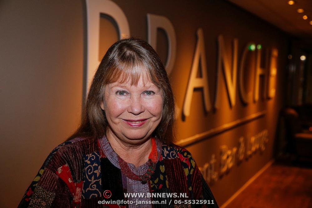 NLD/Loosdrecht/20121126 - CD uitreiking Anneke Gronloh, Wieteke van Dort