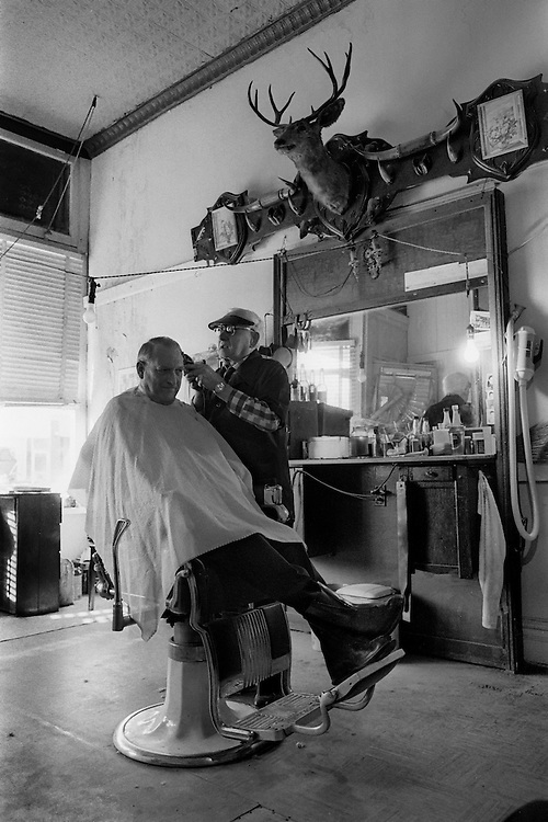 Barbershop in Alma, Kansas