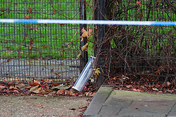 © Licensed to London News Pictures. 06/11/2018. Tulse Hill, UK. An evidence case marks the spot where it is believed a knife was found as a murder investigation is launched by police after a 16 year old boy was found with fatal injuries in Tulse Hill last night.   Photo credit: Grant Falvey/LNP