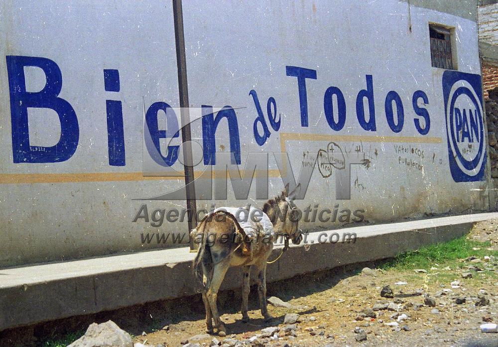 Toluca, M&eacute;x.- En la comunidad de San Pablo Autocpan de Toluca. Agencia MVT / H. Vazquez E. (DIGITAL)<br /> <br /> NO ARCHIVAR - NO ARCHIVE