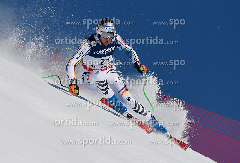 13.02.2017, St. Moritz, SUI, FIS Weltmeisterschaften Ski Alpin, St. Moritz 2017, alpine Kombination, Herren, Abfahrt, im Bild Thomas Dressen (GER) // Thomas Dressen of Germany in action during his run of downhill for the men's Alpine combination of the FIS Ski World Championships 2017. St. Moritz, Switzerland on 2017/02/13. EXPA Pictures &copy; 2017, PhotoCredit: EXPA/ Sammy Minkoff<br /> <br /> *****ATTENTION - OUT of GER*****