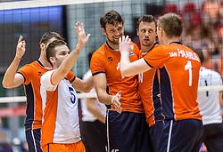 05-06-2016 NED: Nederland - Duitsland, Doetinchem<br /> Nederland speelt de laatste oefenwedstrijd ook in  Doetinchem en speelt gelijk 2-2 in een redelijk duel van beide kanten / Dirk Sparidans #5, Thomas Koelewijn #15, Jeroen Rauwerdink #10