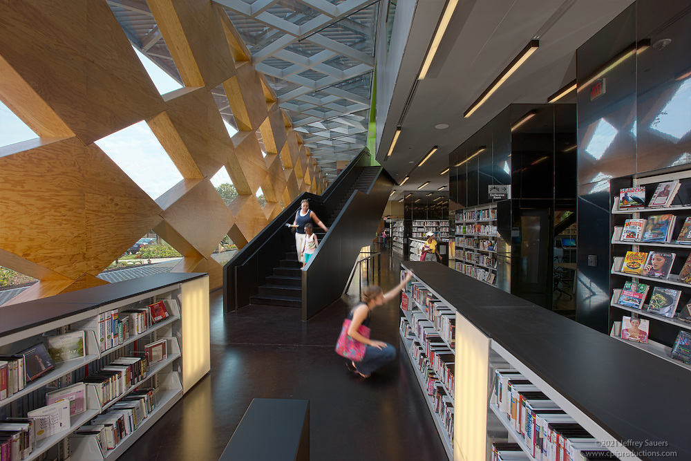 Interior design image of Washington DC Francis Gregory Library by Jeffrey Sauers of Commercial Photographics