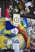 Photos of meditation of the attacks of 13 11 2015 in Paris to claim by DAECH. Photos de recueillement des attentats du 13 11 2015 à Paris revendiquer par DAECH.